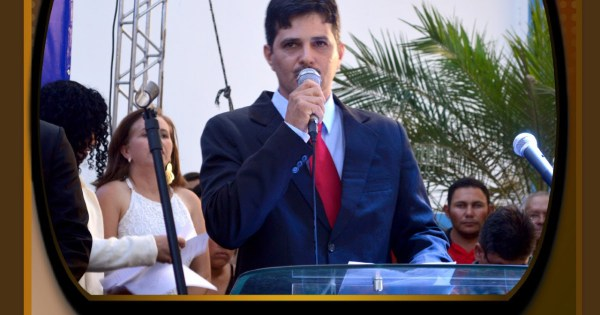 Prefeito de Água Branca não comparece e vereadores governistas fogem de audiência pública