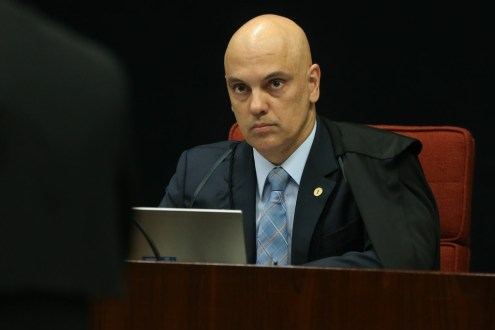 Moraes determina que voto no Senado sobre afastamento de Aécio seja aberto