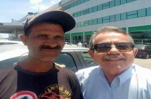 Flanelinha encontra pacote de dinheiro e devolve a médico em Arcoverde; história viralizou nas redes sociais