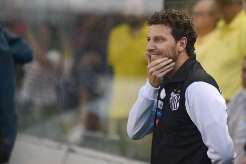 Elano diz que conta com Lucas Lima e espera ser o técnico do Santos em 2018