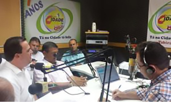 João Fernando diz que Secretários candidatos atrapalham governo Câmara