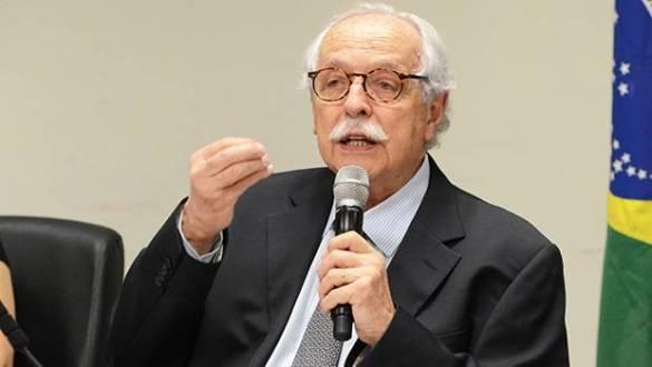 Modesto Carvalhosa luta pelo voto impresso no TSE e na OEA