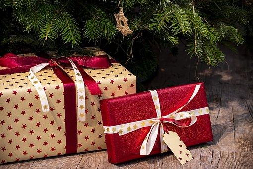 Conheça os seus direitos na troca do presente de natal