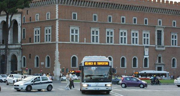 Traffico a Roma inquinamento