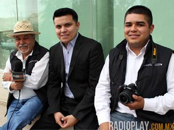 Colibrí Maldonado, Oscar Iribe, Director de Radioplay.com.mx y Samuel Fabela, Editor Deportivo.
