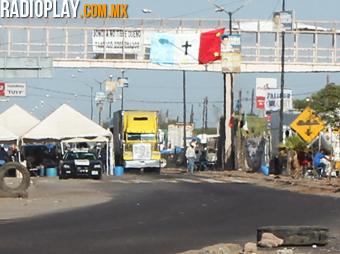 Integrantes de la Tribu Yaqui han manifestado su descontento con la operación del Acueducto Independencia, con un bloqueo que cumple a la fecha 7 meses.