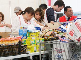 Entrega IFE donativo a Cruz Roja para afectados por