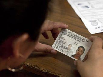Tendrán ciudadanos opción de incluir o no su domicilio en credencial del IFE