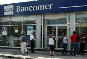 Cerrarán bancos este jueves y viernes