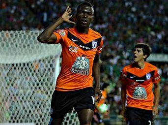 Pachuca venció al León 3-2 en el juego de ida