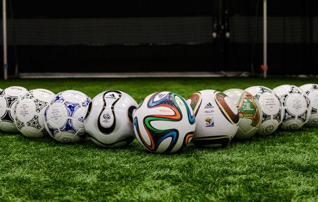 Los diferentes balones en la historia de los mundiales