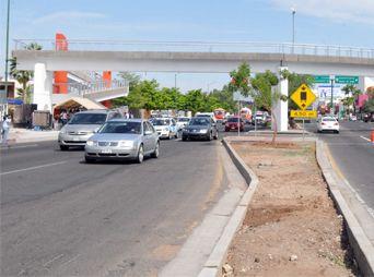 Inauguran puente peatonal de la Unison