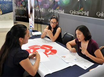 Ofrecen más de 220 vacantes en plaza comercial de Hermosillo