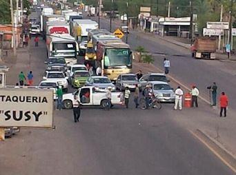 Retoman Yaquis el bloqueo en Vícam