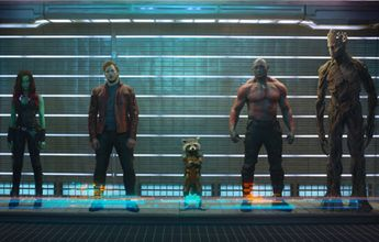 Las actuaciones fueron bastante buenas, Dave Bautista, el ex luchador que interpreta a Drax el Destructor fue una sorpresa y miren que la carga hacia este personaje fue tanta como en el resto del equipo