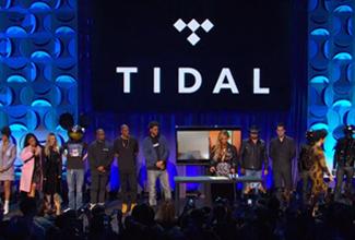 Durante el día estuvimos viendo a nuestros cantantes favoritos subiendo imágenes sobre TIDAL y vídeos de una interesante reunión entre algunos de los más famosos cantantes.