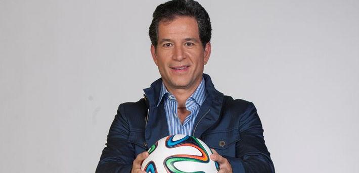 Queda Javier Alarcón fuera de Televisa Deportes