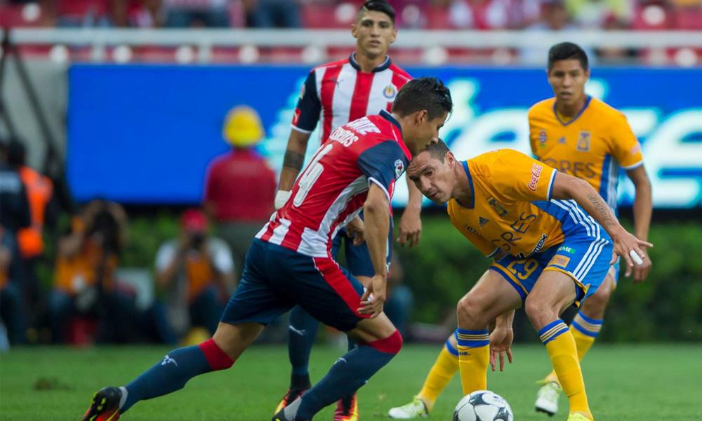 Opciones para ver en vivo Chivas vs Tigres juego de ida