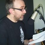 Michaël Moslonka lisant son texte