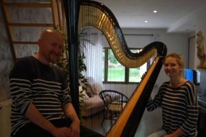 Le conteur Christophe Grimonpont et la harpiste Céline Haquette - juin 2018 - spectacle Le Concours de harpe
