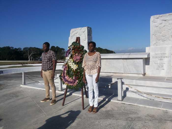 Saludan en La Habana Aniversario 59 del Triunfo de la Revolución Cubana. Foto: Carlos Serpa