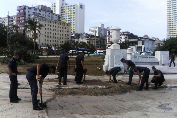 Resultado de imagen para El aporte de las FAR a la recuperación de la capital de #Cuba