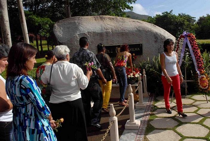Las consideraciones de la imperecedera Vilma Espín Guillois están presentes en todo el país y en su ciudad natal Santiago de  Cuba, desde donde se le rinde permanente Tributo