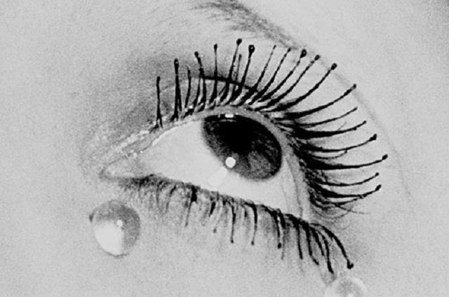 """""""Vistas del Espíritu"""" de Man Ray, con Alicia Perris"""
