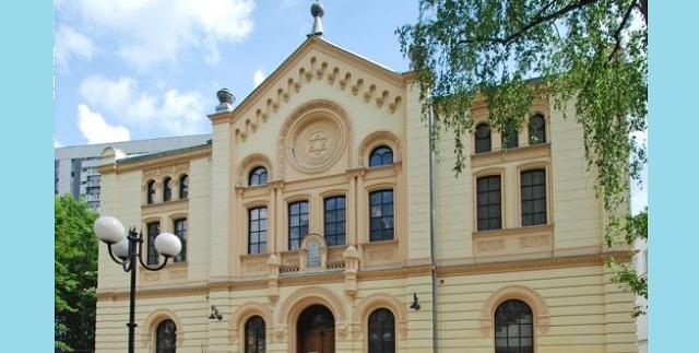 Jews in Poland – Piotr Kowalik: Warsaw's Orthodox Community