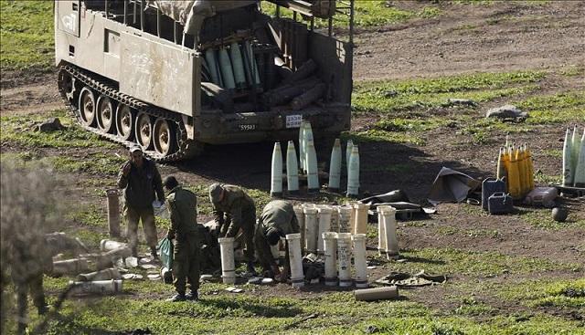 El triste resultado de un ataque de Hezbolá, con el embajador Alon Bar