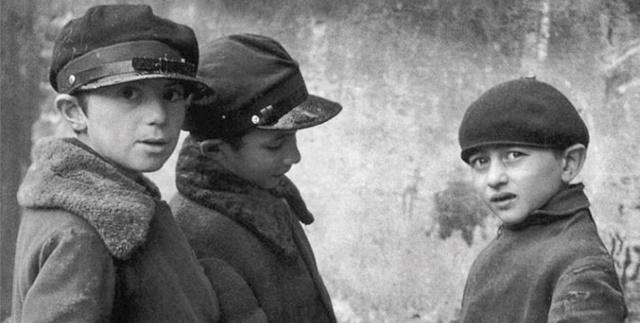 """""""Un pedacito de tiempo y otros relatos"""" de Ida Fink, con José M. Parra"""