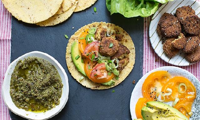 Tacos en la tierra del falafel, con Pascal Roy