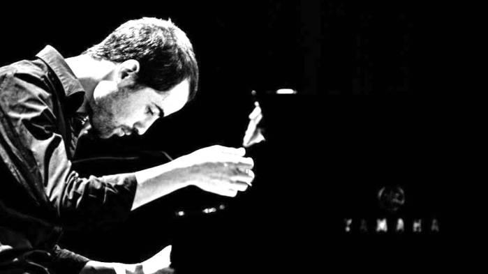 Jazz y electrónica en el debut de Nitai Hershkovits