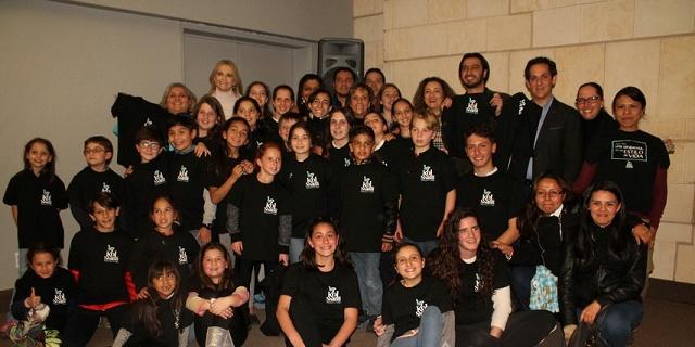Palabra mágica, Kol Shalom y una carta: trabajando por la infancia y la juventud