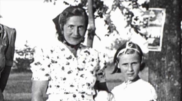 """""""Tú no eres como otras madres"""" de Angelika Schrobsdorff, el primer libro de la V Edición"""
