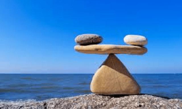 El equilibrio (y 4)