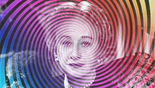 Hattie Carnegie: una marca de elegancia