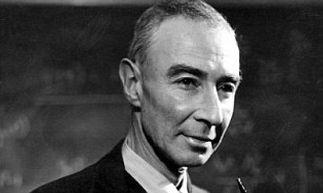 J. Robert Oppenheimer, el padre de la bomba atómica