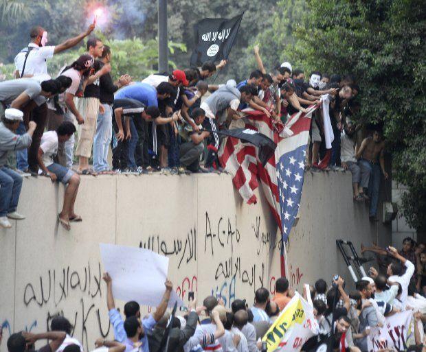 """Scontro Islam-Occidente: un film già visto. Al di là di ecumenismi politicamente corretti e """"crociate"""" neocon"""