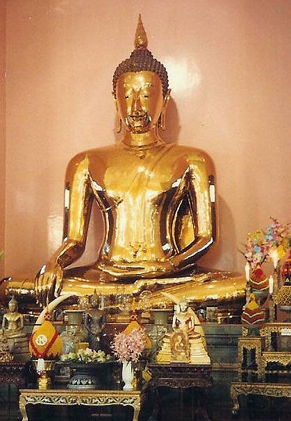 Il Buddha d'oro e le incoerenze dei conformisti