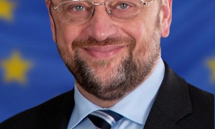 """Schulz (sì, quello che contestò Berlusconi) ora tratta a nome della UE con i """"nazionalisti"""" ucraino-atlantisti di Svoboda"""