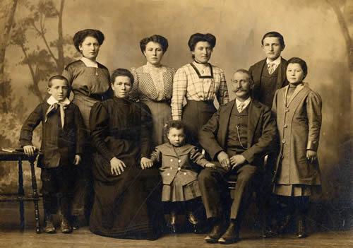 [OMOFOLLIE] Foto di famiglia.