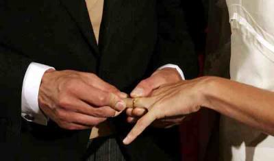 "Divorziati ""risposati"", gli studiosi rimbeccano Kasper"