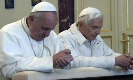 """Bergoglio: """"Mondo cambiato, Chiesa non può chiudersi in presunte interpretazioni dogma"""""""