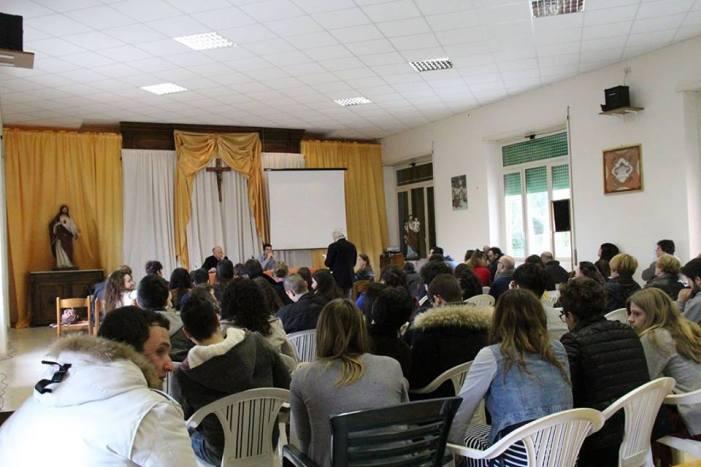 L'intervento di don Pierpaolo Petrucci al Convegno Giovani