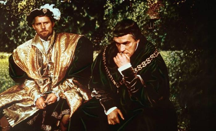 """Tamigi di sangue: """"Il trionfo del re"""" di R. H. Benson"""