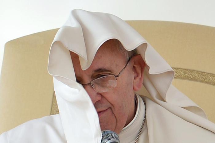 Bergoglio, la guerra, la Parola