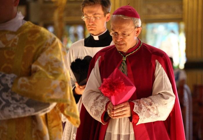 """Vescovo Schneider: """"Ho chiesto a mons. Fellay di non tardare troppo con l'accordo"""""""
