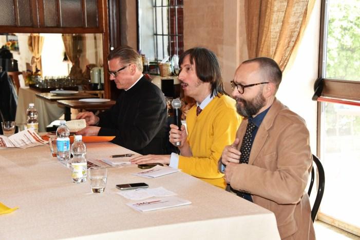 [VIDEO] Un anno fa: giornata radiospadista, tavola rotonda con don F. Abrahamowicz, A. Gnocchi e P. Seveso