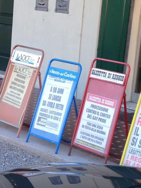 Repubblica, Carlino, Gazzetta, Voce, testate web e blogosfera cattolica si scatenano: la Processione di riparazione al gay pride è un evento